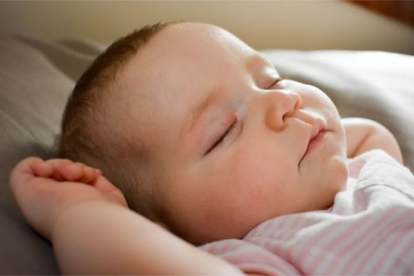 赤ちゃん 寝る