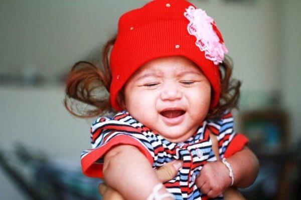 赤ちゃん 人見知り 泣く