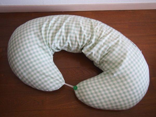 授乳クッション 抱き枕