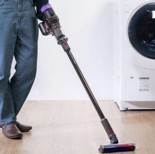 CLASのダイソンの掃除機